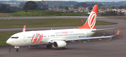 ゴル航空のB737-800型機
